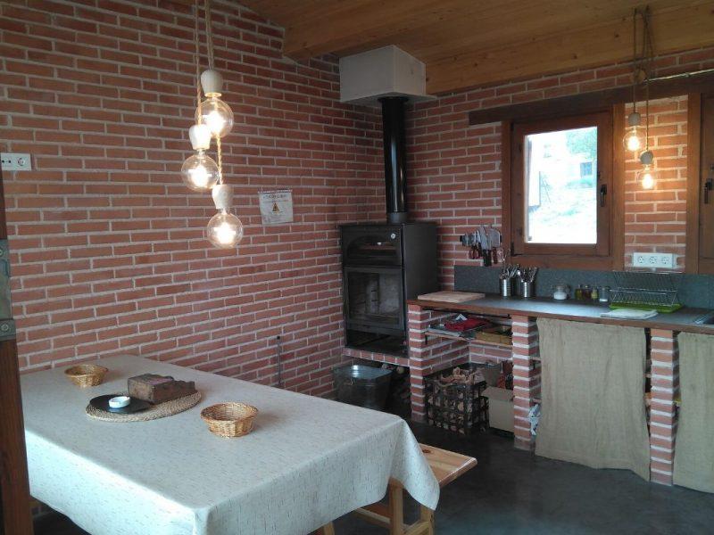 Merendero de Casa Rural Bigotes. Casa Rural en Burgos.